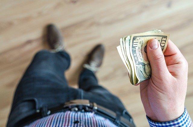 ベルリッツ セミプライベートの料金 最大20%支給
